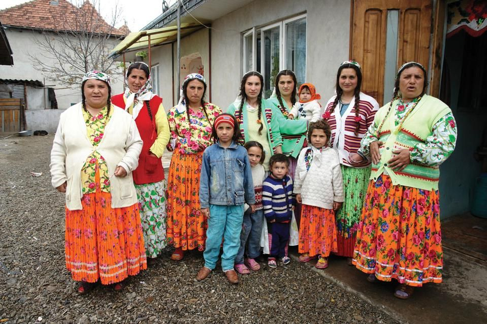 Cunosc mai mulți români țigani decât romiromâni